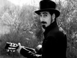 "Serj Tankian: behind-the-scene di ""Figure It Out"""