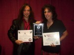 Alice Cooper: fa parte della International Hall Of Fame dei lanciatori di coltelli