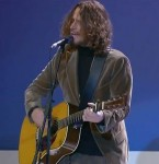 Soundgarden: Chris Cornell suona in onore delle Forze Armate americane, video disponibile