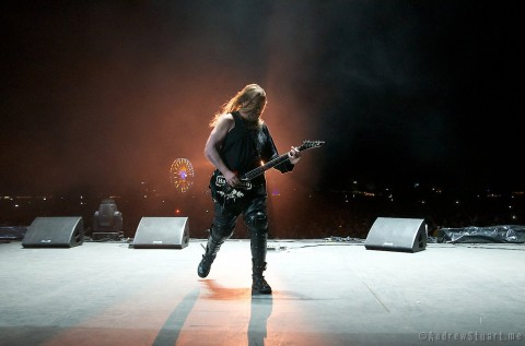 Horns Up Rocks Slayer Jeff Hanneman
