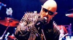 Judas Priest: Halford in sedia a rotelle