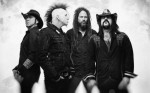 "Hellyeah: ascolta online ""Demons In The Dirt"""