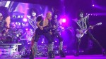 Kiss: video live con Phil Collen come ospite speciale