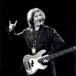 Black Sabbath: Geezer Butler in manette per rissa